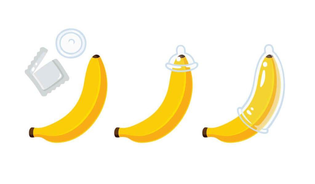 απεικόνιση τοποθέτησης προφυλακτικού σε μπανάνα